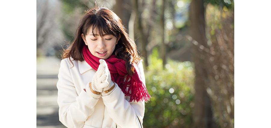 乾燥が原因で起こる肌トラブルって?乾燥を放置するリスクは?