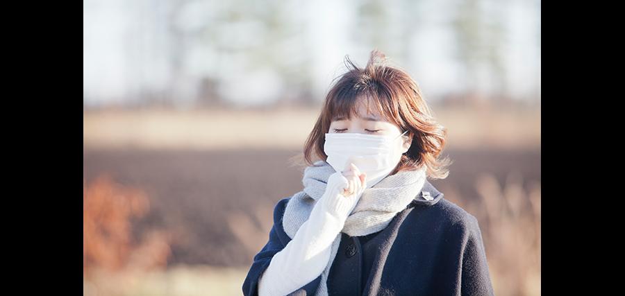 マスクや日常のしぐさが肌への刺激となることも!